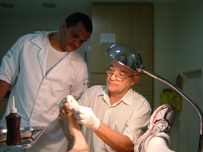 Removing Sea Urchin Spines from my Big Toe